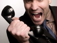 Il telefono squilla…sono sempre i call center! Che Stufia!