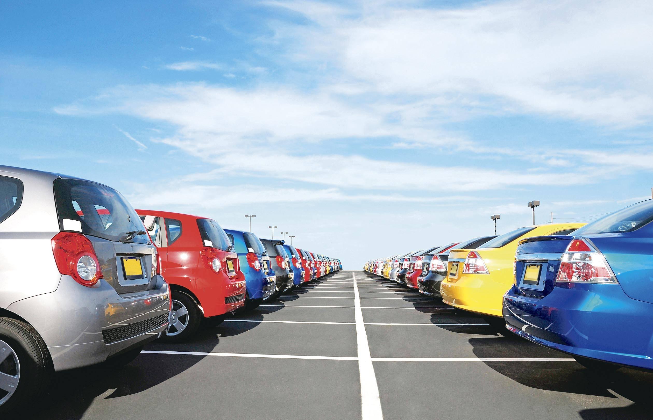 Gli italiani tendono ad acquistare auto usate for Subito auto brescia